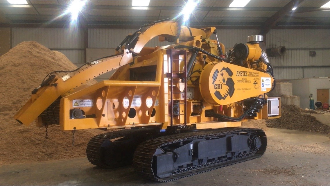Above: Anstee Services' new track-mounted whole tree chipper